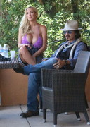 Jordan Carver Hanging out with Johnny Depp Now?