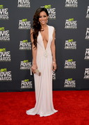 Melanie Iglesias Cleavage at the 2013 MTV Movie Awards