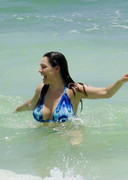 Kelly Brook Bikini Candids from Mexico