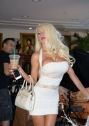 Courtney Stodden's Shelf in a White Dress