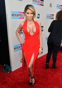 Aubrey O'Day Cleavage at 2013 American Music Awards