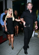 Jessica Simpson's Boobs Look Big in a Black Dress