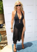 Jenny McCarthy in a Swimsuit at a Pool Party!