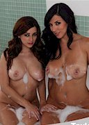 Taylor Vixen and Jelena Jensen Share a Bath!