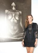 Alyssa Arce's Nude Body is Art in a Gallery!