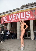 Micaela Schaefer Opens the 2015 VENUS exhibition!
