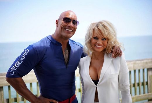 Pamela Anderson Joins the new <em>Baywatch</em> Movie!