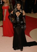 Nicki Minaj&#8217;s Cleavage Wins <em>The 2016 Met Gala</em>!